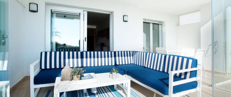 terraza en apartamento de alquiler en Elviria Marbella