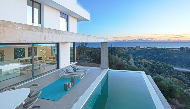 villa en alquiler en Los Monteros Marbella